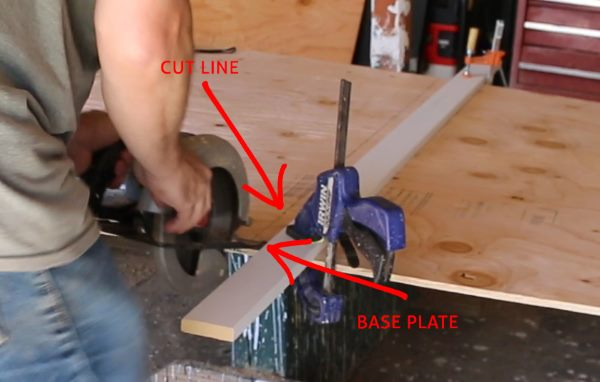 Circular saw base plate measuring