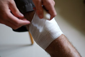 How To Dress a Wound And Basic Wound Care